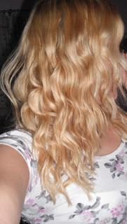 Curly Hair.. ♥