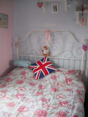 Pretty New Vintage Style Bedroom Goodies.. ♥