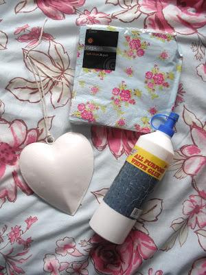 DIY Floral Tin Heart Hanging.. ♥