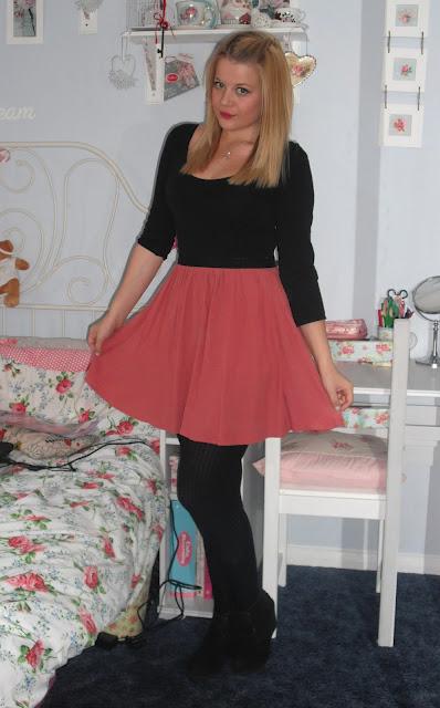 OOTD 8/6/12 – My Plum Topshop Skirt.. ♥