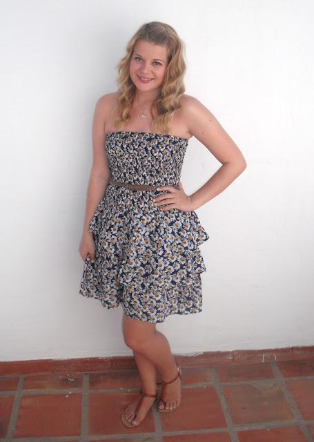 Holiday OOTD Day #5 – Daisy Print Sun Dress.. ♥