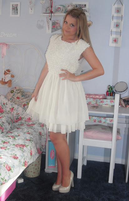 Ted Baker Dress & Nude Platform SoYouShoes.. ♥