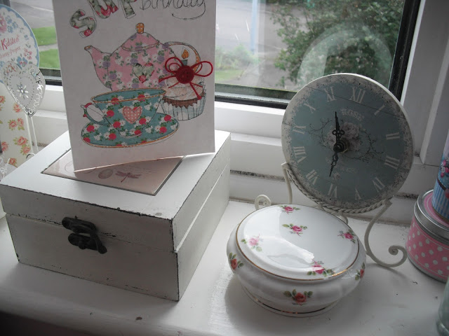 My 22nd Birthday – Afternoon Tea, Cupcakes, + Jelly ♥
