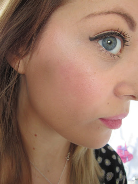 Maybelline Dream Touch Blush in Plumb ♥