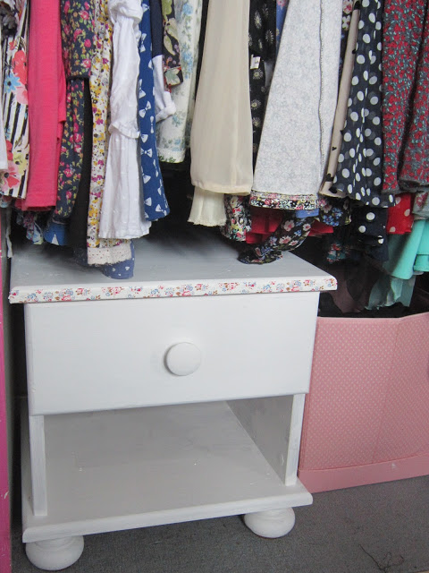 DIY Small Table Chest Revamp – Cath Kidston Style ♥