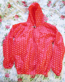Packing for The Lake District (Sexy Waterproofs) ♥