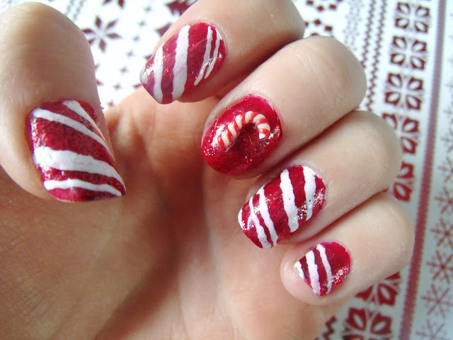 Christmas Candy Cane Nails ♥