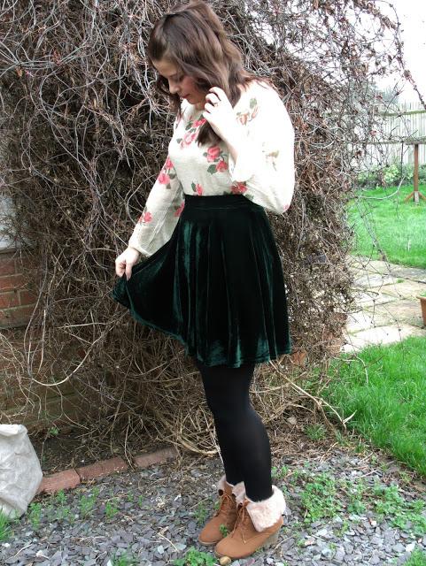 Favourite New OOTD – Rose Sweater & Green Velvet ♥
