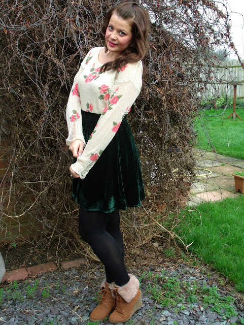 Favourite New OOTD – Rose Sweater & Green Velvet ♥