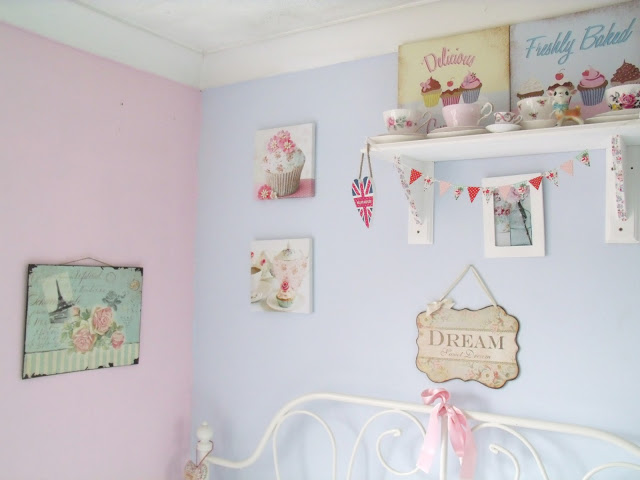A Couple of New Pretty Bedroom Additions ♥