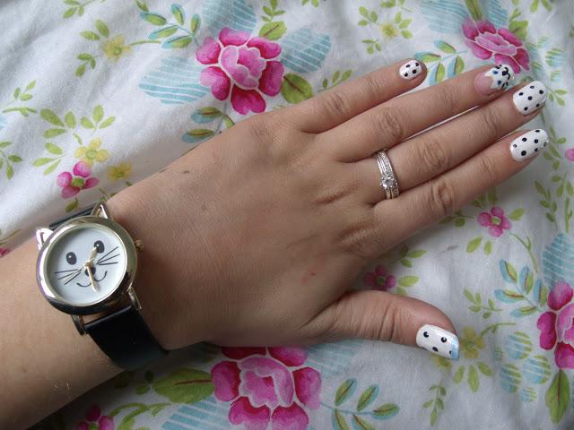 Cat Nails & Cat Watch ♥