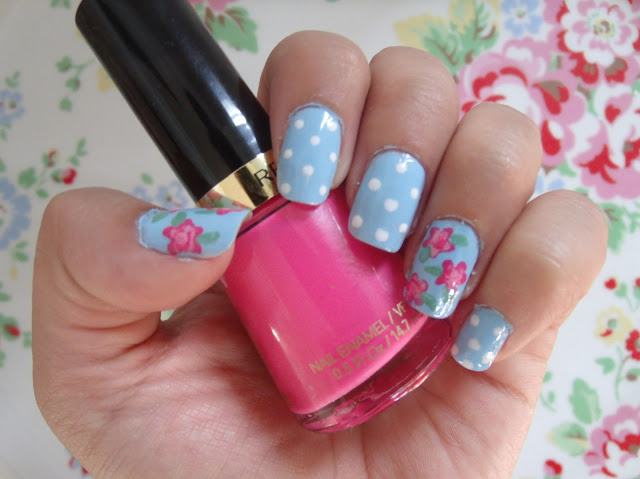 Another attempt at Cath Kidston Floral Nails ♥