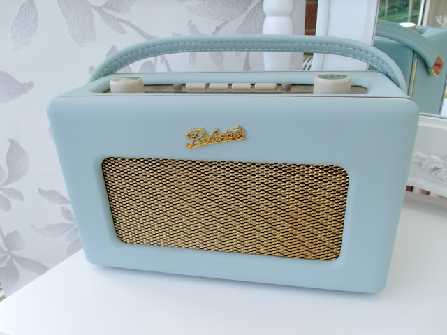 Duck Egg Blue Roberts Radio ♥