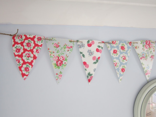 DIY Post: No Sewing Required Pretty Bunting ♥