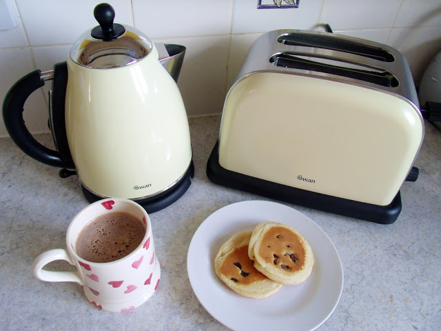 Retro Kitchen Appliances ♥