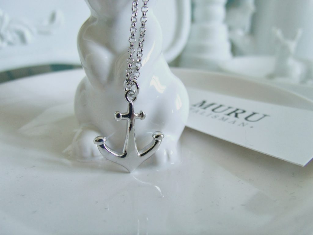 Anchor Necklace from Lulu Winter ♥