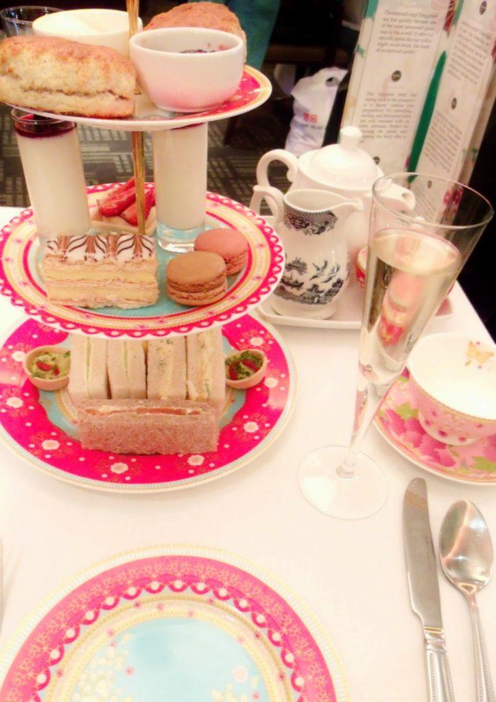 London Weekend & Afternoon Tea ♥