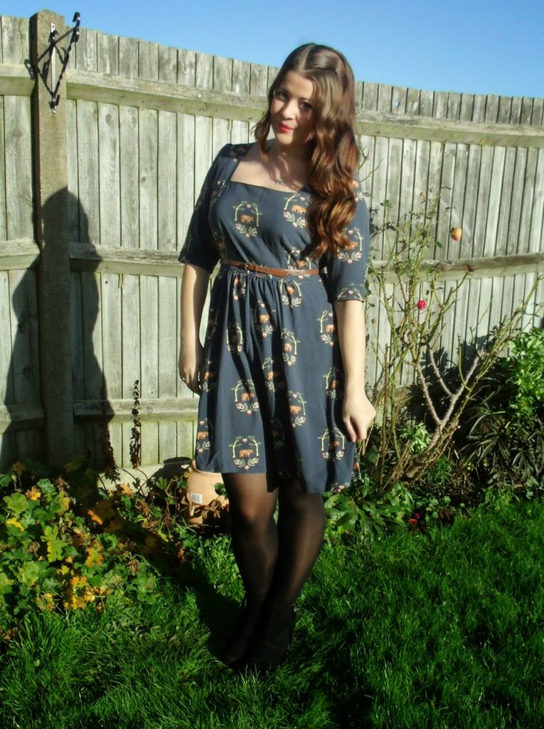 Sugarhill Boutique Dress & Barbour Beadnell Waxed Jacket ♥