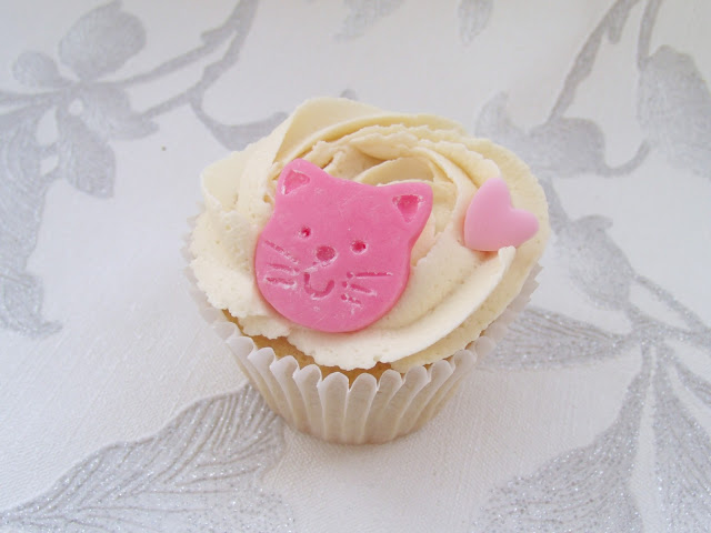 Lots of Recent Cakes + Business Update ♥