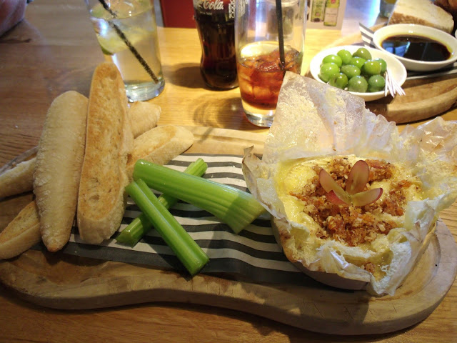 Review: The Fox & Hounds, Lower Harlestone
