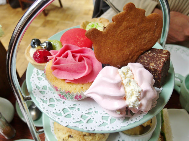 Afternoon Tea at The Fourteas in Stratford Upon Avon