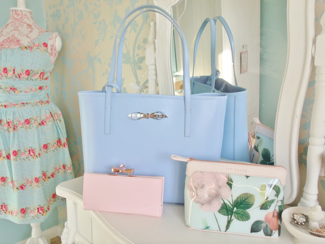 Ted Baker Treats: Isabow Bag, Franny Purse and Mishely Wash Bag ♥