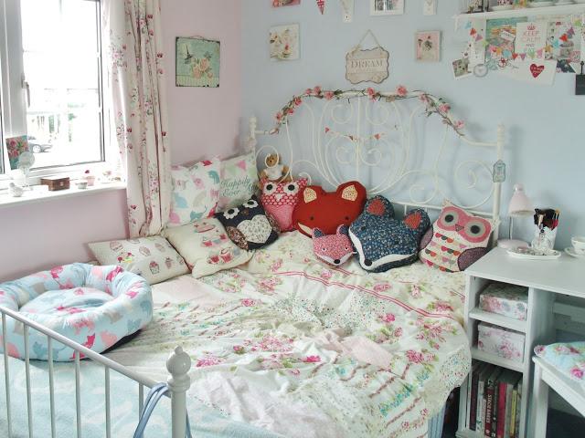 Bedroom Room Tour + Bedding Giveaway ♥