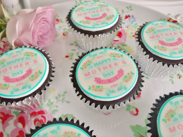 Mothers Day Gift Ideas (& Cupcake Giveaway!) ♥