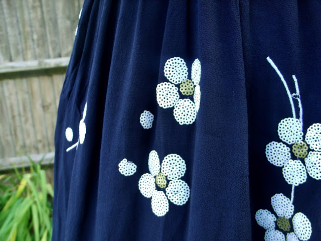 Navy blue daisy floral dress
