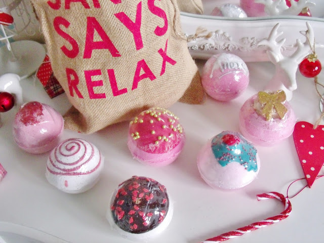 Santa Says Relax Gift Set
