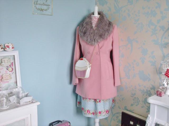 My Vintage Dressing Room Tour ♥