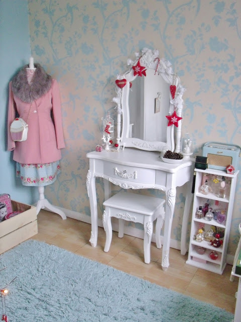 vintage style duck egg blue dressing room.