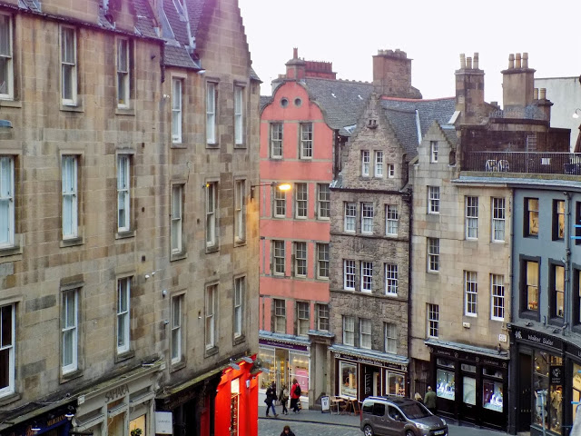 Edinburgh city centre street