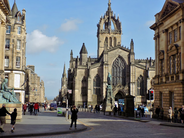 Edinburgh city centre street with cathedral