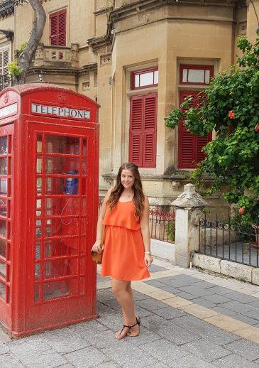 About Victoria's Vintage Blog