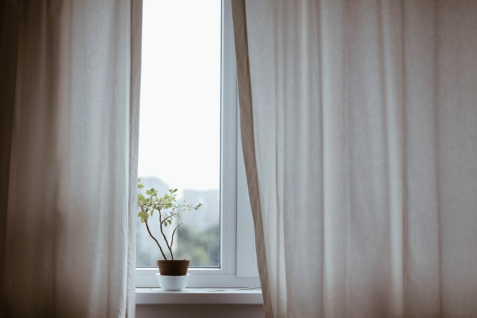How To Improve Your Home's Interior Design With Curtains *