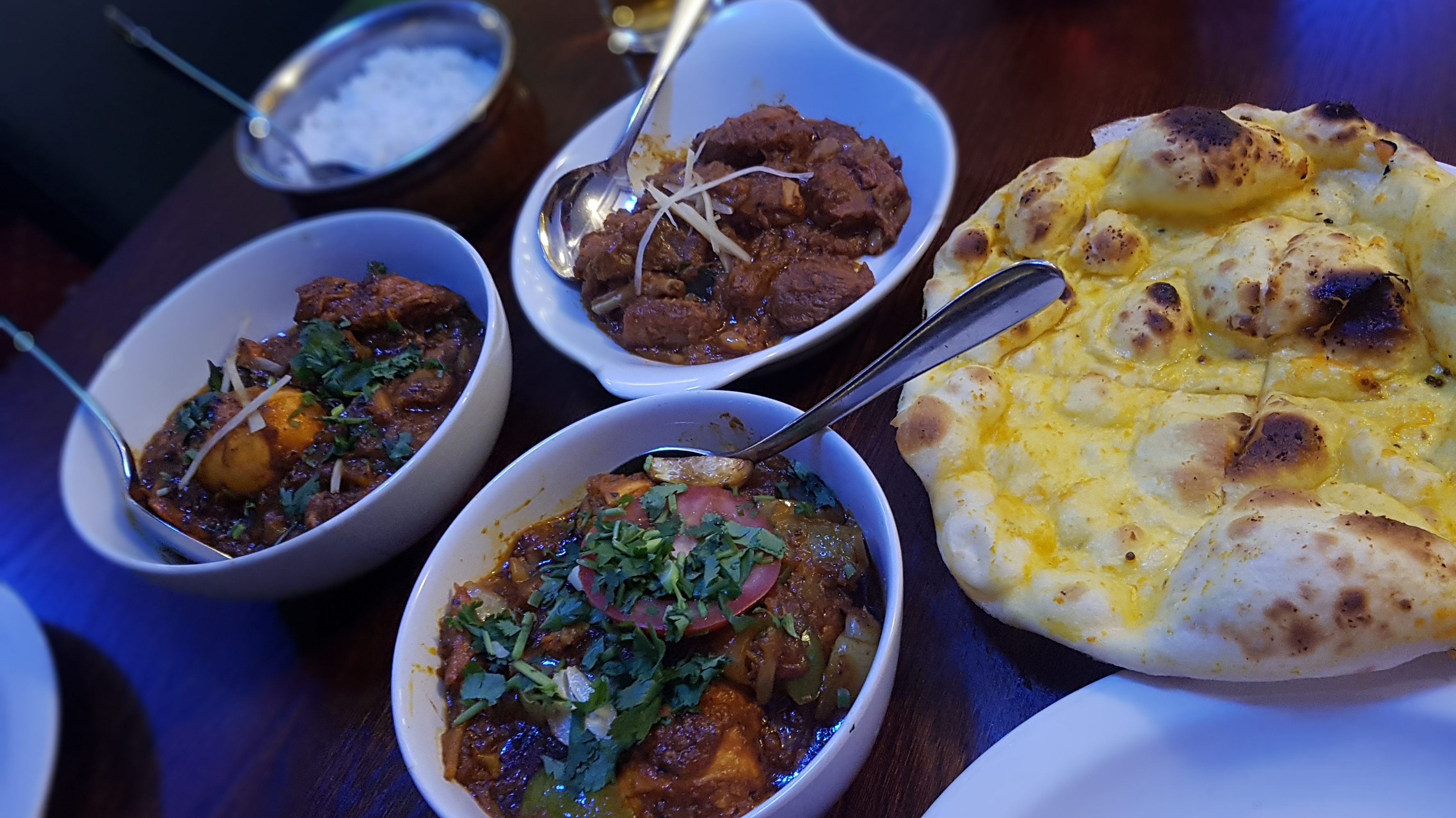 Review: Moza Indian Restaurant, Newport Pagnell